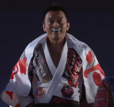 岡本先生ドラキュラ.jpg